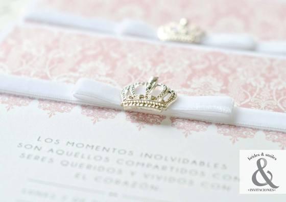 Invitación elegante corona 3
